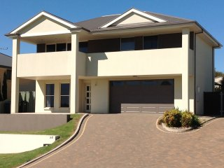 24QL - WORK OR PLAY ... STAY, Murray Bridge