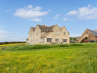 Shepherds Point, an elegant Cotswolds home with amazing views