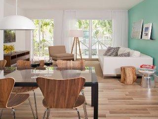 Sleek 2 Bedroom Apartment in the Heart of South Beach, Miami Beach