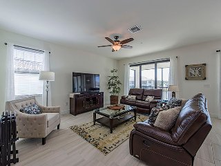 Coach Homes -Livingston Lakes