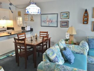 Sail Away in this Nautical Theme Condo close to Island Activities, Isla Marco