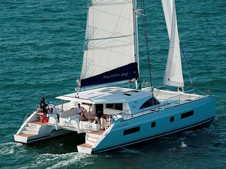 velero organic sailing