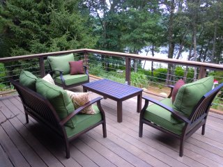 Waterfront Home with Large Private Deck and Hot Tub Overlooking Pond; 054-O