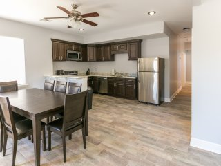 Conti Street Cozy Suite 5107A