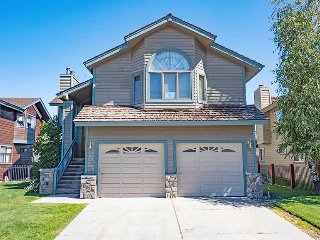 1803 Venice Drive, South Lake Tahoe