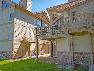 477 Ala Wai, Unit 90, South Lake Tahoe