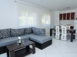 Three bedroom apartment - D&M Apartments in Rafailovici, No. 12