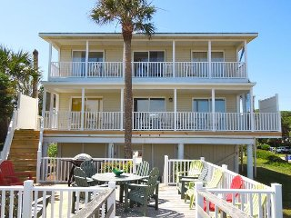 Aloha - Oceanfront in the Heart of Folly