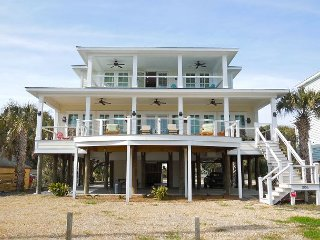 Bobo's Beach Bucket - Newly Built Beach House with Ocean Views