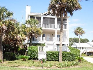 Conched Out - Easy Beach Access with Room for the Whole Family