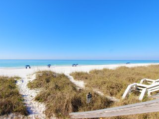 Beachfront townhome with gulf views & private beach access!!