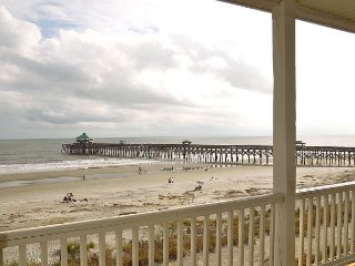 Folly Beach Suites 3C - Steps from the Beach and Folly Attractions