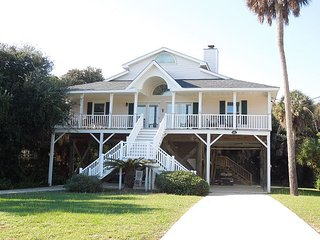 Luna-Sea - Great Views, Just Steps from the Beach, Folly Beach