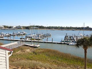 Mariners Cay 74 - Affordable Location with Great Views, Folly Beach