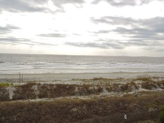 Ocean Pointe Villa 203 - Spacious Condo with Ocean Views, Folly Beach