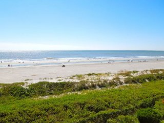 Ocean Pointe Villa 302 - Private Penthouse with Vast Westward Ocean Views, Folly Beach