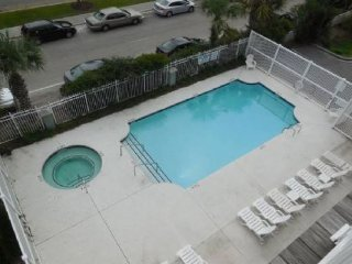 Pavilion Watch #3L - Spacious Condo in the Heart of Folly
