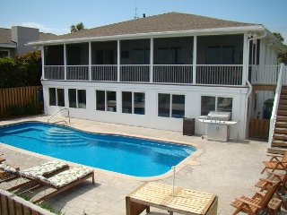 Tranquilisea - Oceanfront with a Pool, Folly Beach