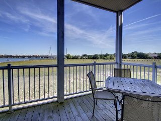 Water's Edge 112 - All About Comfort, Class and Views, Folly Beach
