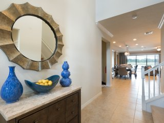 Prestige 4: Ultimate Luxury Windsor at Westside, South Facing Pool/Spa, GameRm