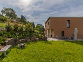 Luxus Villa mit Panoramablick, Sauna und Whirlpool, Bollendorf