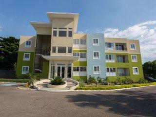Casa Royale Guest Apartment, Kingston