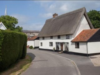 Ye Olde Thatched  Shoppe, Attleborough
