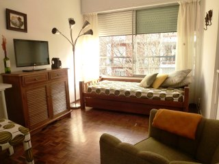 Bright apartment in the downtown area., Montevideo