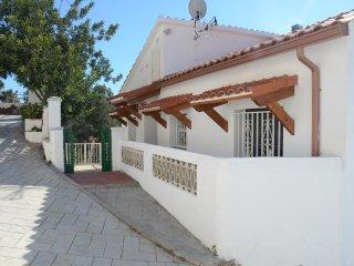 Relajante casa independiente entre el mar y la montaña, Roda de Barà