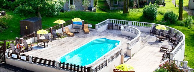 Outdoor Pool (seasonal)