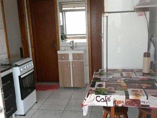 Hostel Quarto separado, cozinha e 2 banheiros coletivo. s\ estac e s\ cafe manha