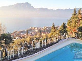 Villa in Lake Garda : Garda / Bardolino Area Villa Stupore - 1, Torri del Benaco
