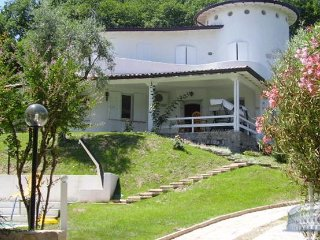 Villa in Lake Garda : Salo Area Villa Lomar - 1, San Felice del Benaco