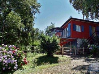 Villa in Lake Maggiore : Laveno Area Villa Lava - Annex, Laveno-Mombello