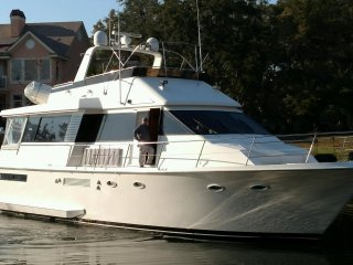 Luxury Yacht Downtown Stuart Rent a private cabin