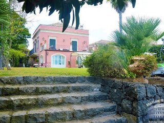 Villa in Sicily : Catania Area Villa Barchetta