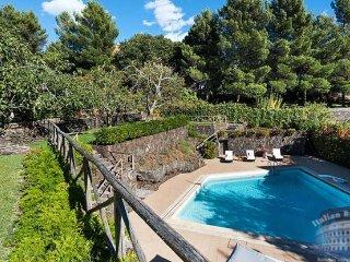 Villa in Sicily : Catania Area Villa Fiorella 2 Guests