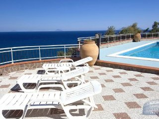 Apartment in Sicily : Messina Area Villa Messi, San Giorgio