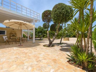 744 Villa with Large Garden in Torre Suda Gallipoli