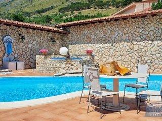 Villa in Sicily : Palermo Area Villa Alcamo