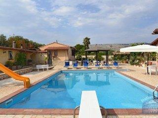 Villa in Sicily : Syracuse Area Villa Lampo, Solarino