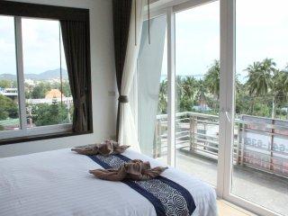 Brand New Luxury Pool Villa Near Beach -
