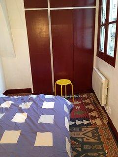 chambre et placard