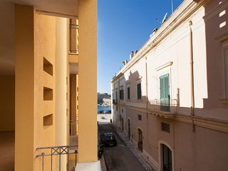 345 Apartment in the Center of Gallipoli