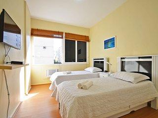 Apartamento 3 quartos a duas quadras da Praia