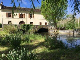Le Chai, Le Moulin de Chazotte