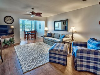Cozy, Updated 2BR/2BA Sandestin Townhome