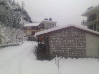 seraj home stay manali north india
