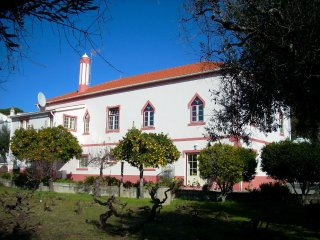 Self-Catering Apartment/B&B, Serra São Mamede Country House:Quinta da Vila Maria, Portalegre