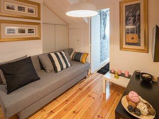 Iris Green Apartment, Bairro Alto, Lisbon